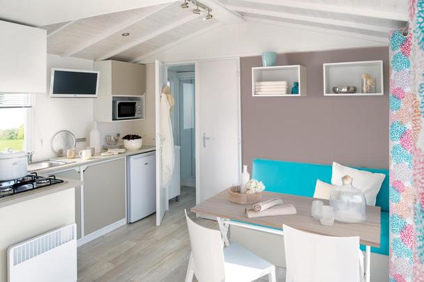Location Mobilhomes Exotique 2 Plus Cuisine - Salon